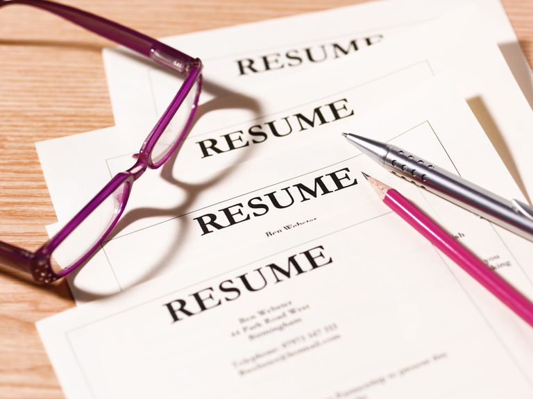 free guide to writing an effective resume peterdazeley photographerschoice gettyimages Resume Effective Resume Writing