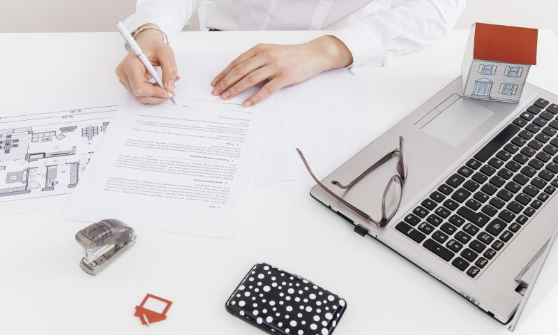 we find jobs best cv resume writing services in dubai professional 800x480 pharmacy Resume Resume Writing Services