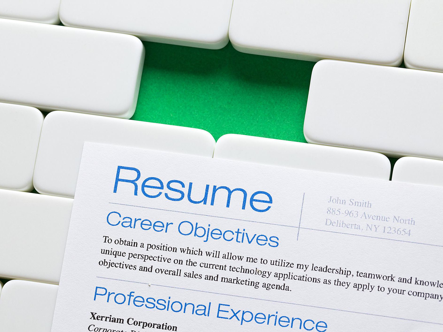 top things you can leave off your resume leaving current job mba marketing format justin Resume Leaving Current Job Off Resume
